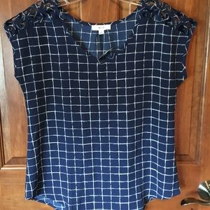 NWT Cute navy and white top
